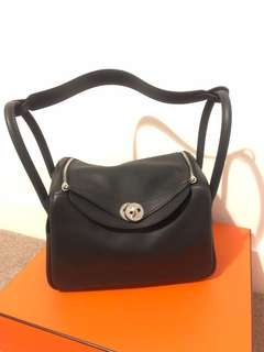 Hermes Lindy 26 with limited strap