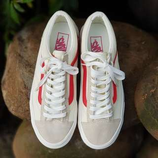 VANS OLD SKOOL VINTAGE OFF WHITE RED WAFFEL BNIB ORIGINAL
