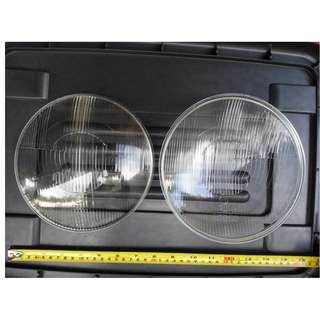 Mercedes W110 headlamp glass lens