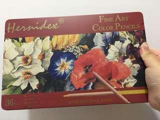 HERNIDEX 高級松木專業顏色筆鐵盒裝 36色