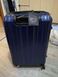 Luggage Alan Deloin 24inches