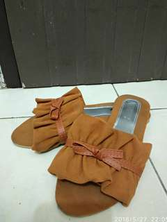 Brownie Bow Sandals
