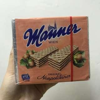 奧地利Manner 巧克力榛果威化餅