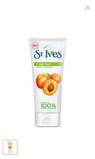 St ives Fresh Skin Apricot