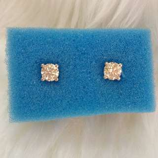 Diamond stud earrings with GIA certificate 💎