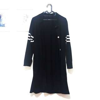 (PRELOVED) Black Monochrome Stripe Sporty Outer