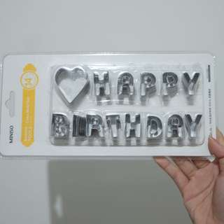 "Cetakan Kue ""Happy Birthday"""