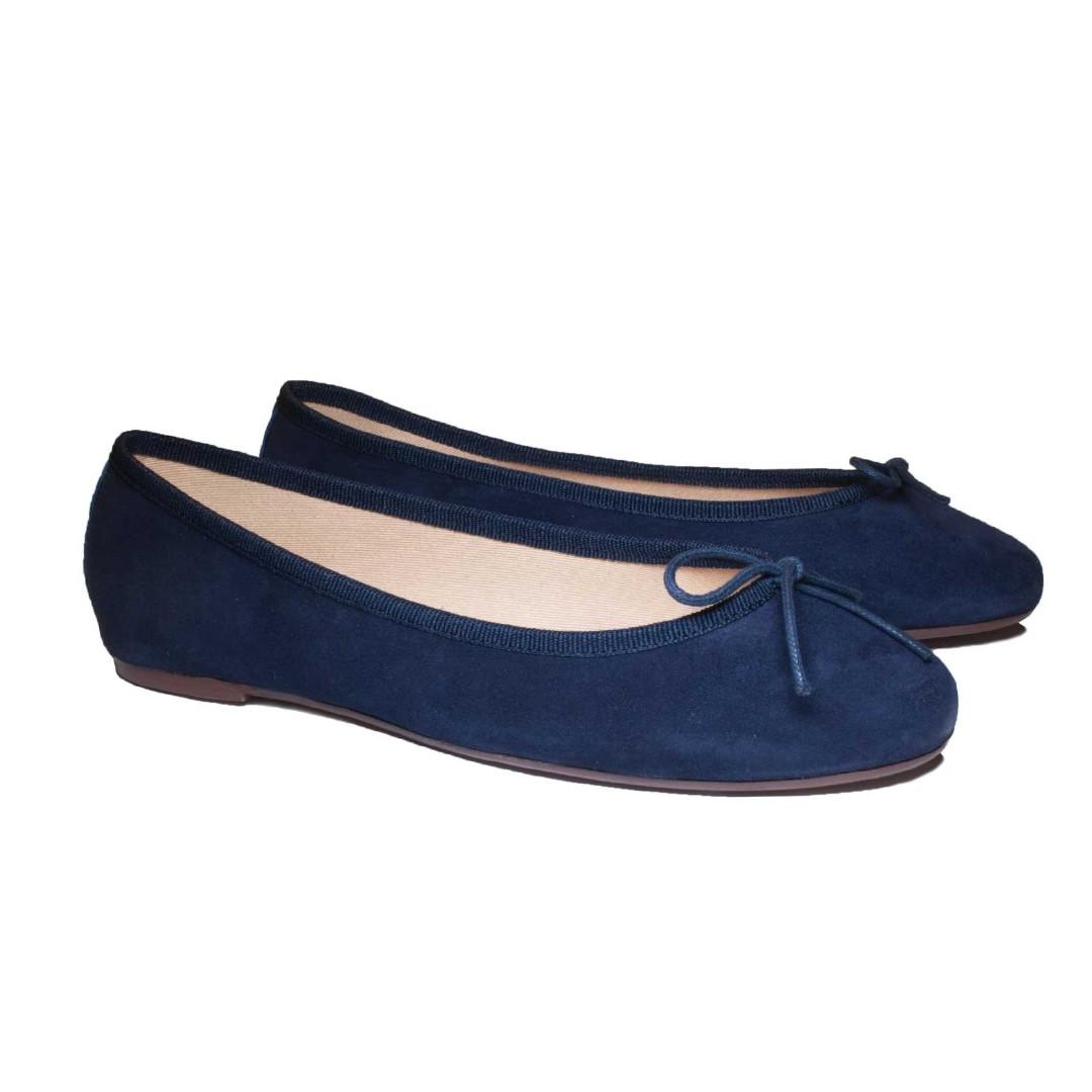 bdf510b4e BALLERETTE ROMA NAVY BLUE SUEDE BALLET FLATS, Women's Fashion, Shoes, Flats  & Sandals on Carousell