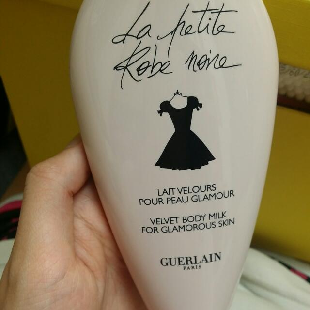 Guerlain小黑裙body milk 200ml
