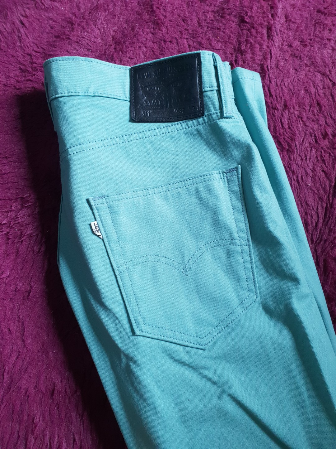 370ed3d3aaf Levis 511 Slim Jeans, Men's Fashion, Clothes, Bottoms on Carousell
