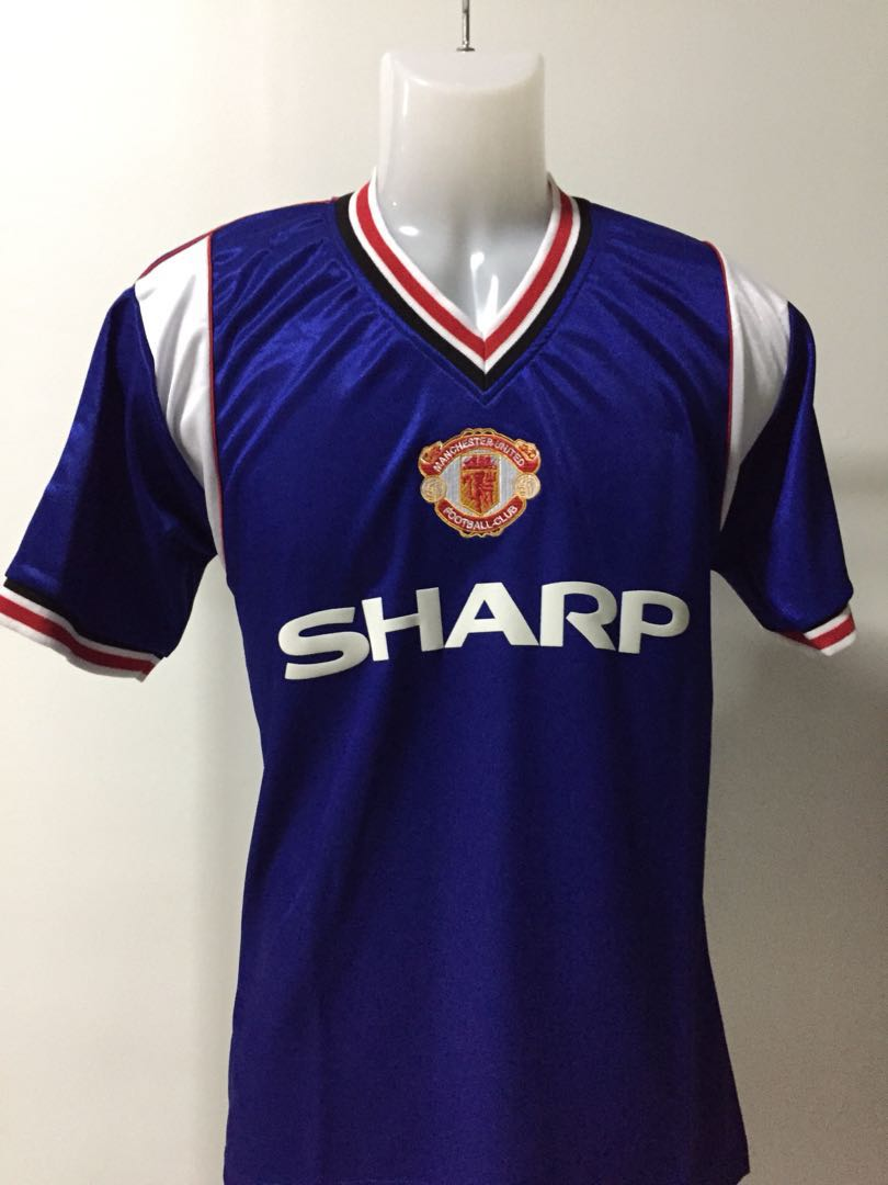 e879a4bd2 Manchester United 1984-86 Blue 3rd