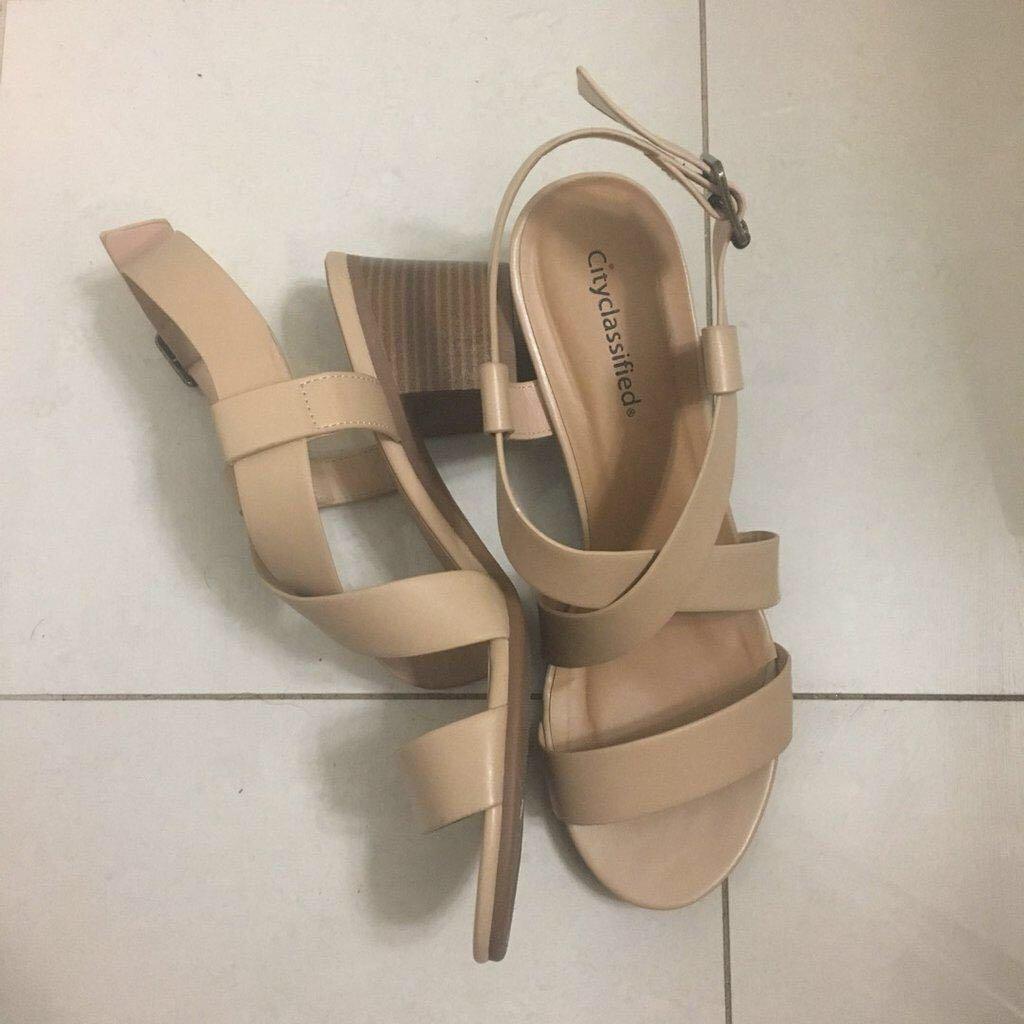 Nude Block Heel Sandals (Size 10)