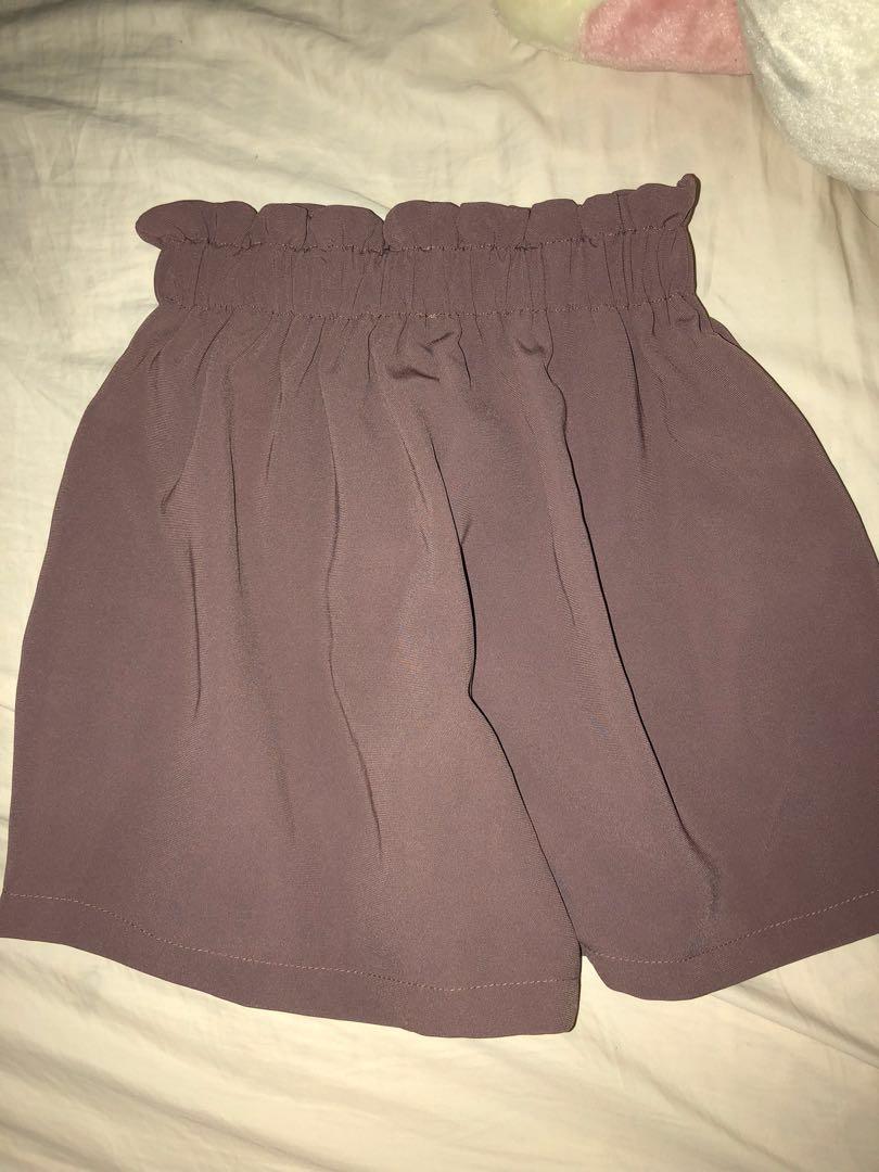 Stretchy Shorts (๑・̑◡・̑๑)