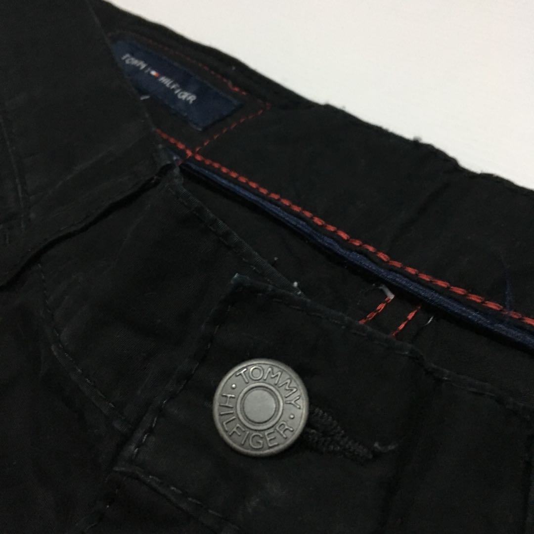 5545bf96a Tommy Hilfiger Mercer Slim Straight Soft Jeans in Black, Men's Fashion,  Men's Clothes on Carousell