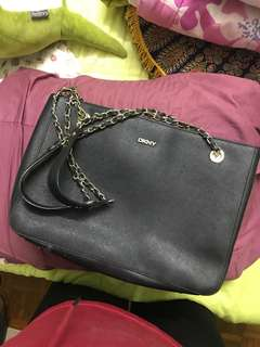 DKNY Shoulder Chain Bag