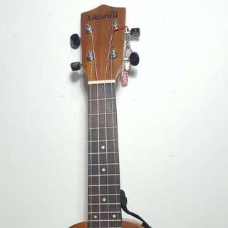 Ukunili Ukulele Soprano 21' Mahogany Wood 2130M (no binding)