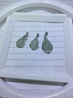 緬甸翡翠 冰種 925 銀吊嘴 不議價(每個160、3個400)