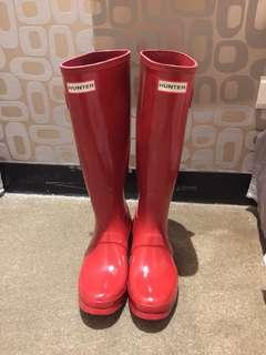 HUNTER Original Tall Gloss 紅色長筒雨靴