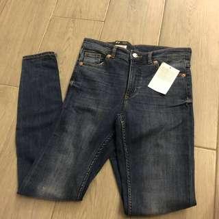 全新🈹Monki 高腰窄身牛仔褲 jeans