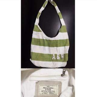 ABERCROMBIE AND FITCH BAG