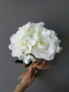 White peony and hydrangea bouquets