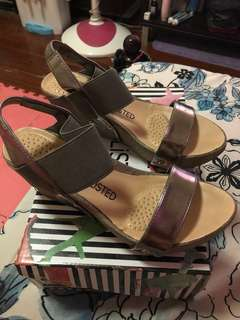 unlisted brand/ wedge sandals women
