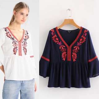 Europe and the United States wholesale 2018 summer embroidery V collar seven sleeves loose blouse