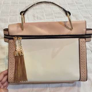 Fancy Gold Tassel bag nude peach
