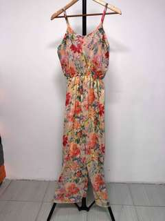 FLORAL JUMPSUIT FITS XS TO SEMI LARGE