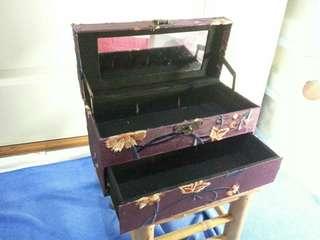 🚚 化妝箱