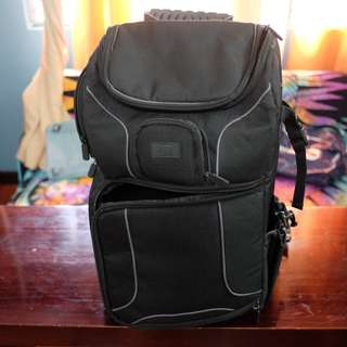 USA Gear Compact DSLR Camera Bag