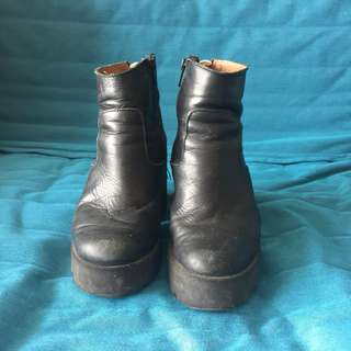 High heels ankle boots - size 5.5