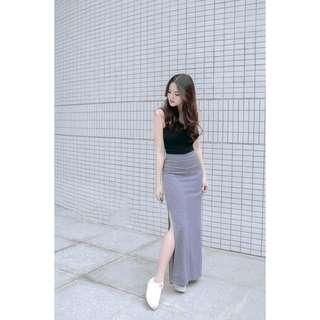 Terno sleeveless and skirt w/slit