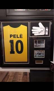 Signed Pele and Gordon banks Photo frame