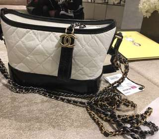 Chanel Gabrielle hobo small size 黑白拼色