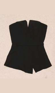 SHOWPO strapless top sz XS