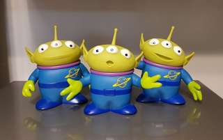 Movie-Size Toy Story Green Space Aliens by Thinkway (Signature Collection)