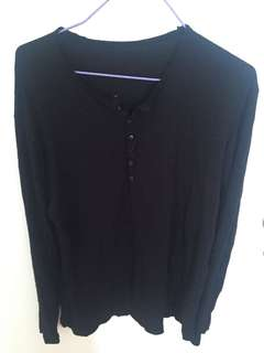 Long Sleeves • Black