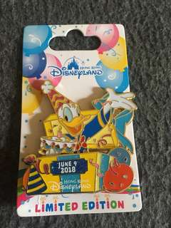 Disney pin Donald happy birthday limited edition