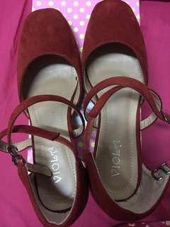 Red heels 👠