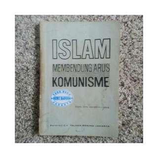 Buku Islam Membendung Arus Komunisme