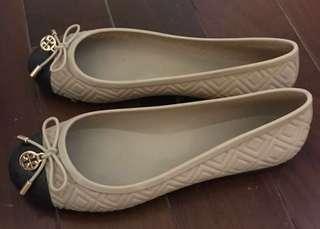 Tory Burch Jelly 平底鞋