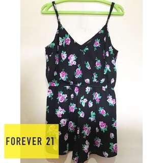 FOREVER21 BLACK FLORAL ROMPER