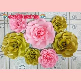 Rose Center Paper Flowers in Gold and Baby Pink