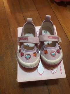 kids shoes/sandals