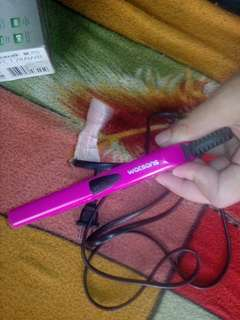 Pre loved hair iron and hair blower