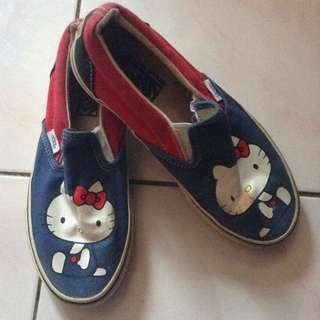 (Vans) Hello Kitty Shoes