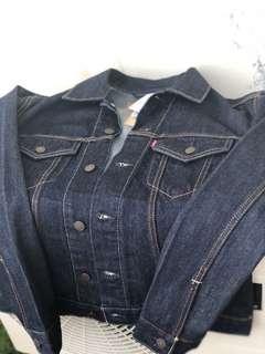 Levis Denim Jacket BNWT (100% authentic)