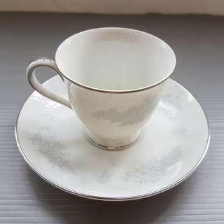 Vintage Tea Set, Retro, Rare Fine China, Fine Kitchen Ware, Fine Dining, Rare Noritake Tea Cup and Saucer Set, 6725 Monaco Model, JAPAN, Fine China Tableware, US Patent, Original, Authentic, For Collector, Luxury Kitchenware