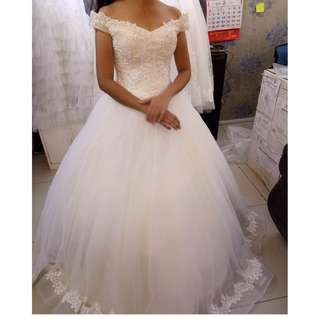 Pre-Loved Wedding Gown For Sale 5K